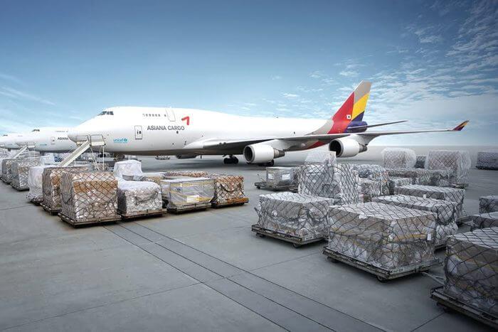 Tiếp nhận hàng hoá vận chuyển bằng đường hàng không